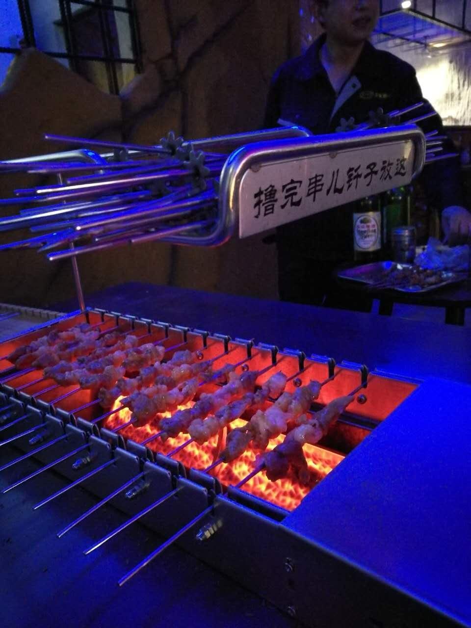 自动烤串机,自动烧烤机,自动烤串机设备,